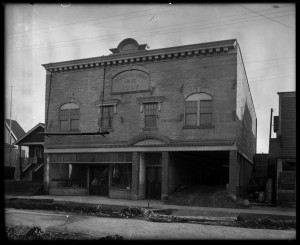 Odd Fellows Hall 1720 Graveley under construction, 1922